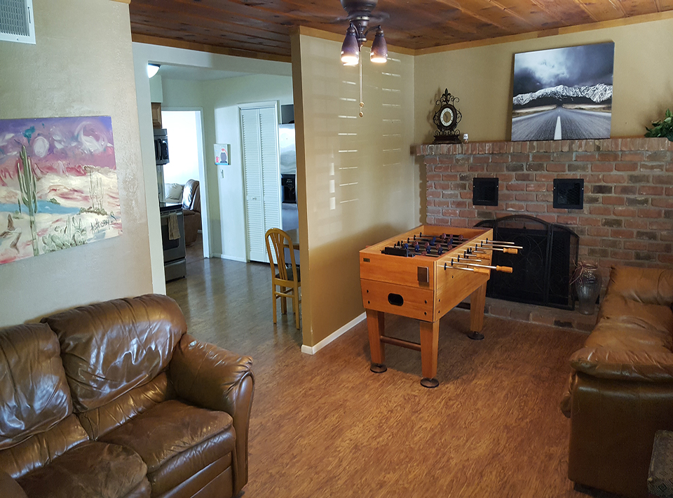 Photo of front family room at Respite Ranch.